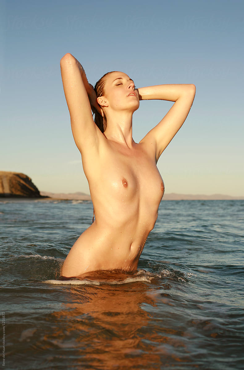 Young Naked Woman In The Sea By Rene De Haan - Ocean -8808