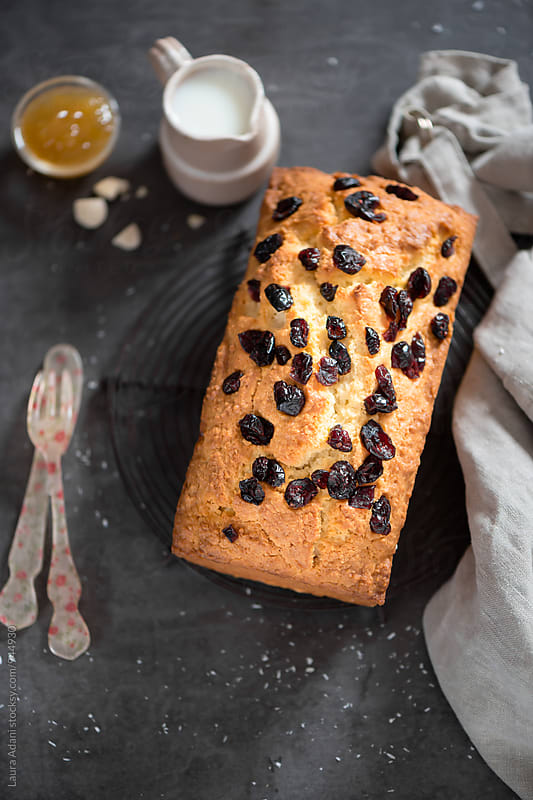 Coconut and almond plumcake by Laura Adani for Stocksy United