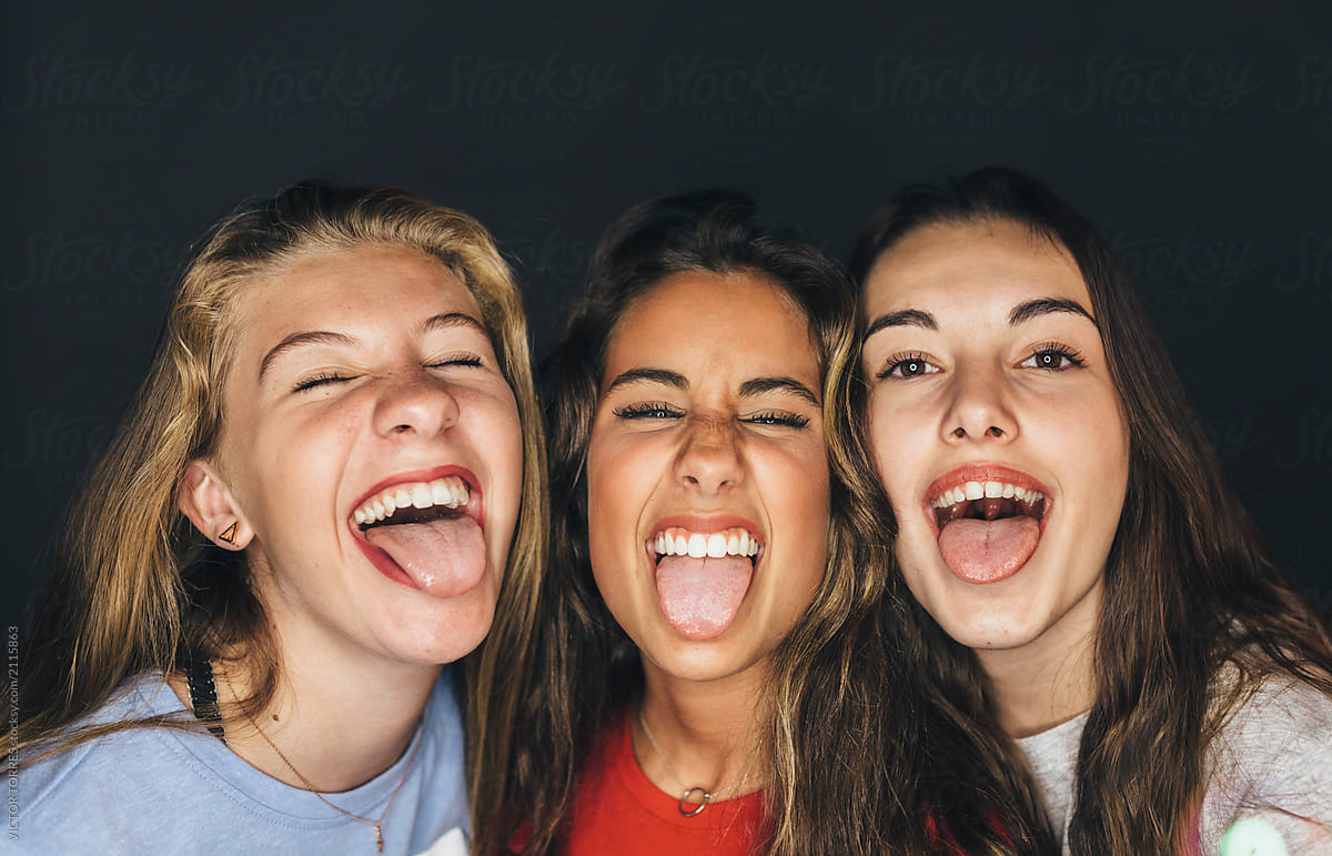 Sticking Out Tongue Girls#7