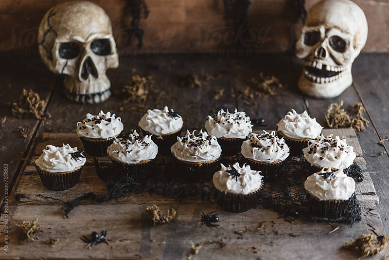 halloween cupcakes by Melanie DeFazio for Stocksy United