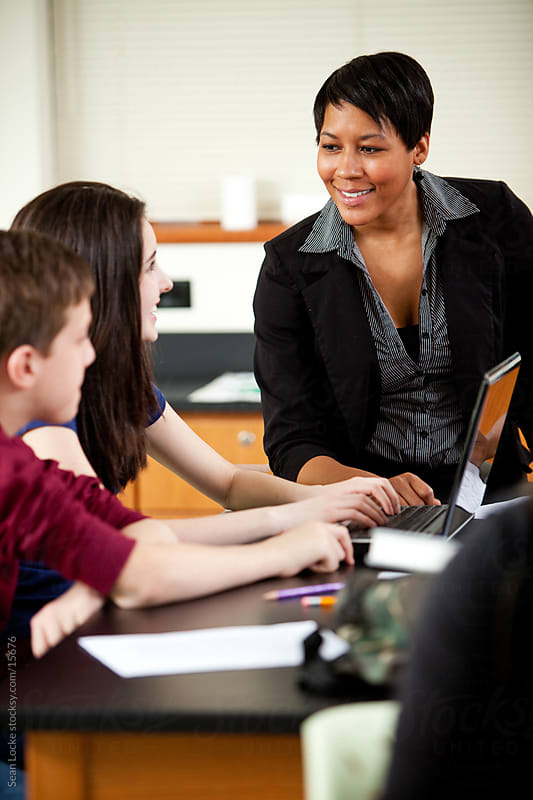 essay on role of a teacher in students life Read this article to learn about the qualities, roles and responsibilities of teacher in a school qualities of a good teacher in school: the teacher plays an important role.