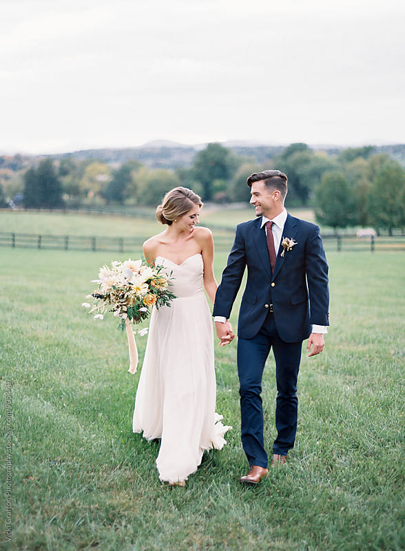 Bride and Groom outdoor wedding  by Vicki Grafton Photography for Stocksy United