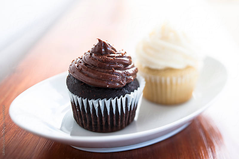 Chocolate & Vanilla Cupcakes by Lindsay Upson for Stocksy United