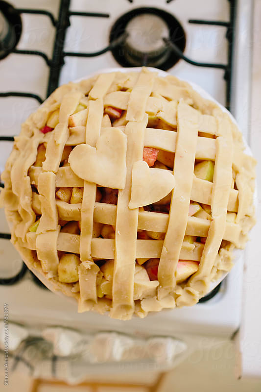 Unbaked apple pie by Simone Anne for Stocksy United