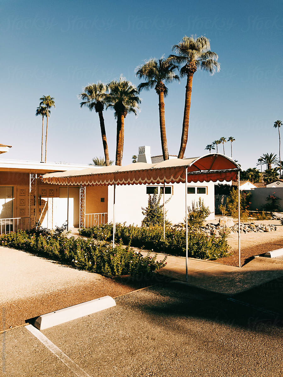 Mid-Century Modern Architecture in Palm Springs California by VISUALSPECTRUM for Stocksy United & Mid-Century Modern Architecture In Palm Springs California | Stocksy ...