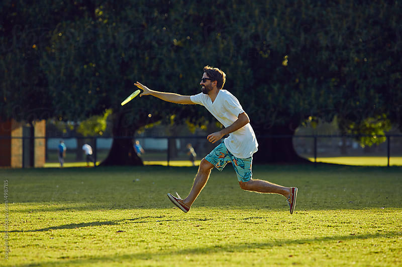 Frisbee at the Park by Joaquim Bel for Stocksy United