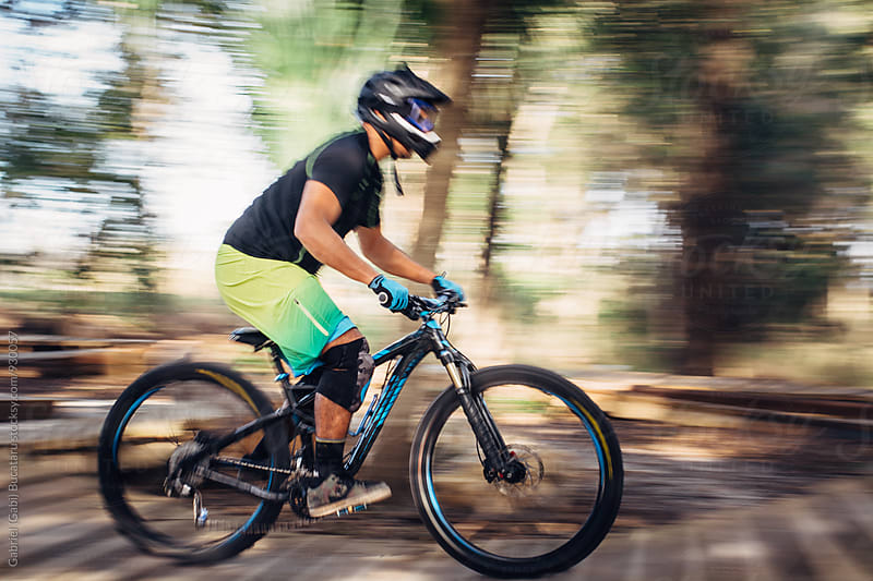 Male mountain bike rider by Gabriel (Gabi) Bucataru for Stocksy United
