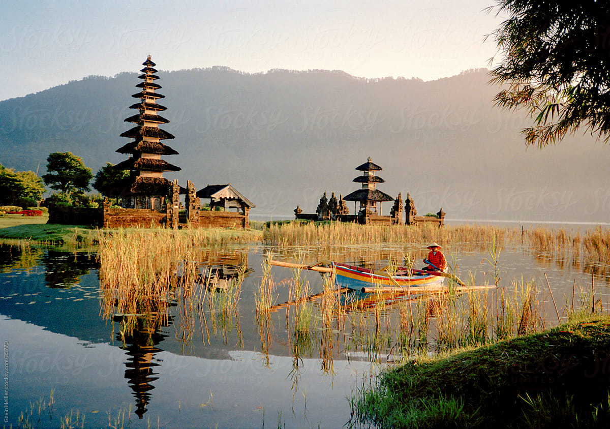 Candikuning Candi Kuning Temple Pura Ulun Danu Bratan Lake