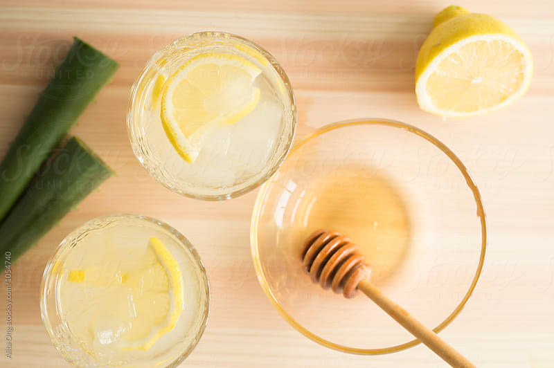 Aloe vera, honey and lemon by Alita Ong for Stocksy United
