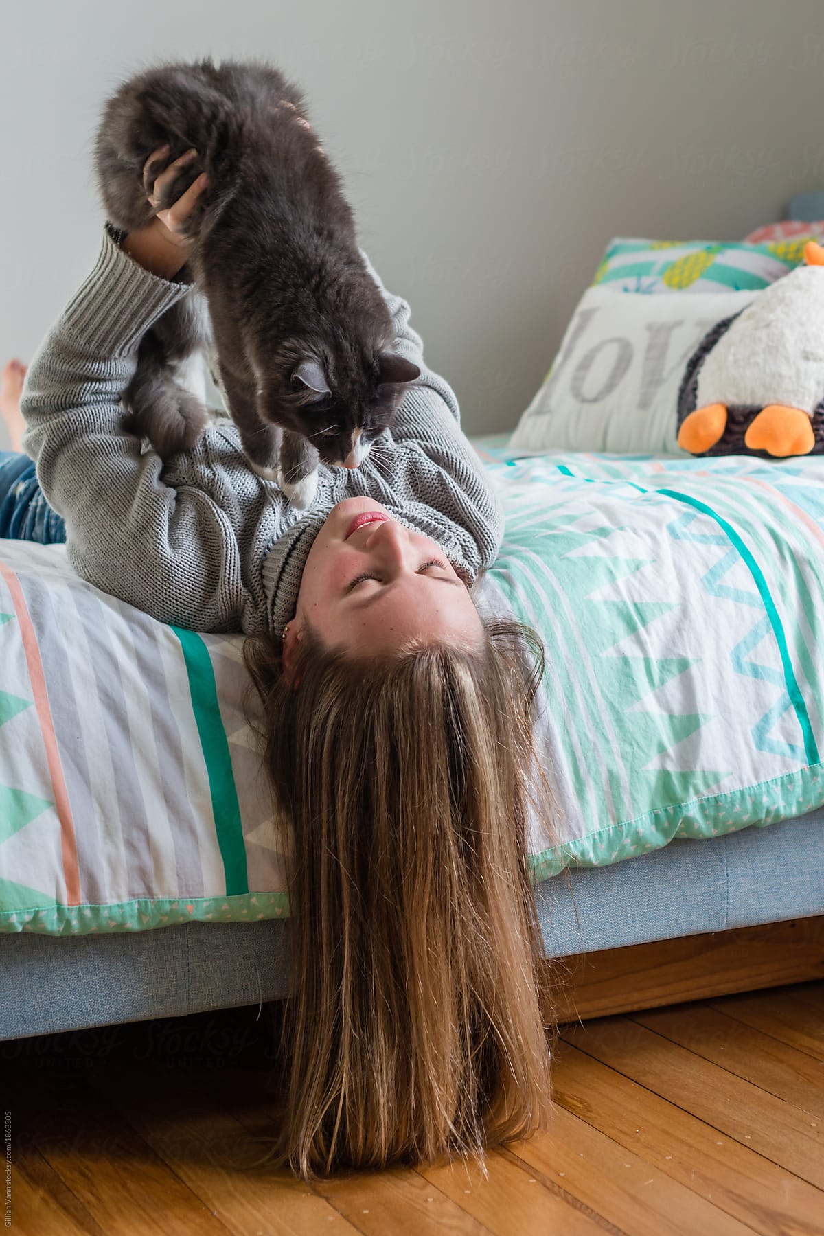 fcf205ff00f0 Teen Girl In Bedroom With Her Cat