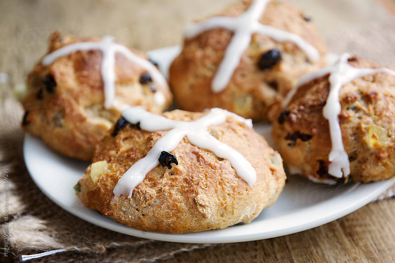 Hot cross buns by Harald Walker for Stocksy United